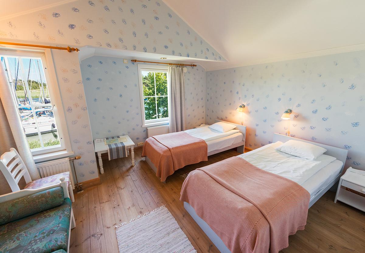 Dubbelrum med sjöutsikt på hotell Brudhäll